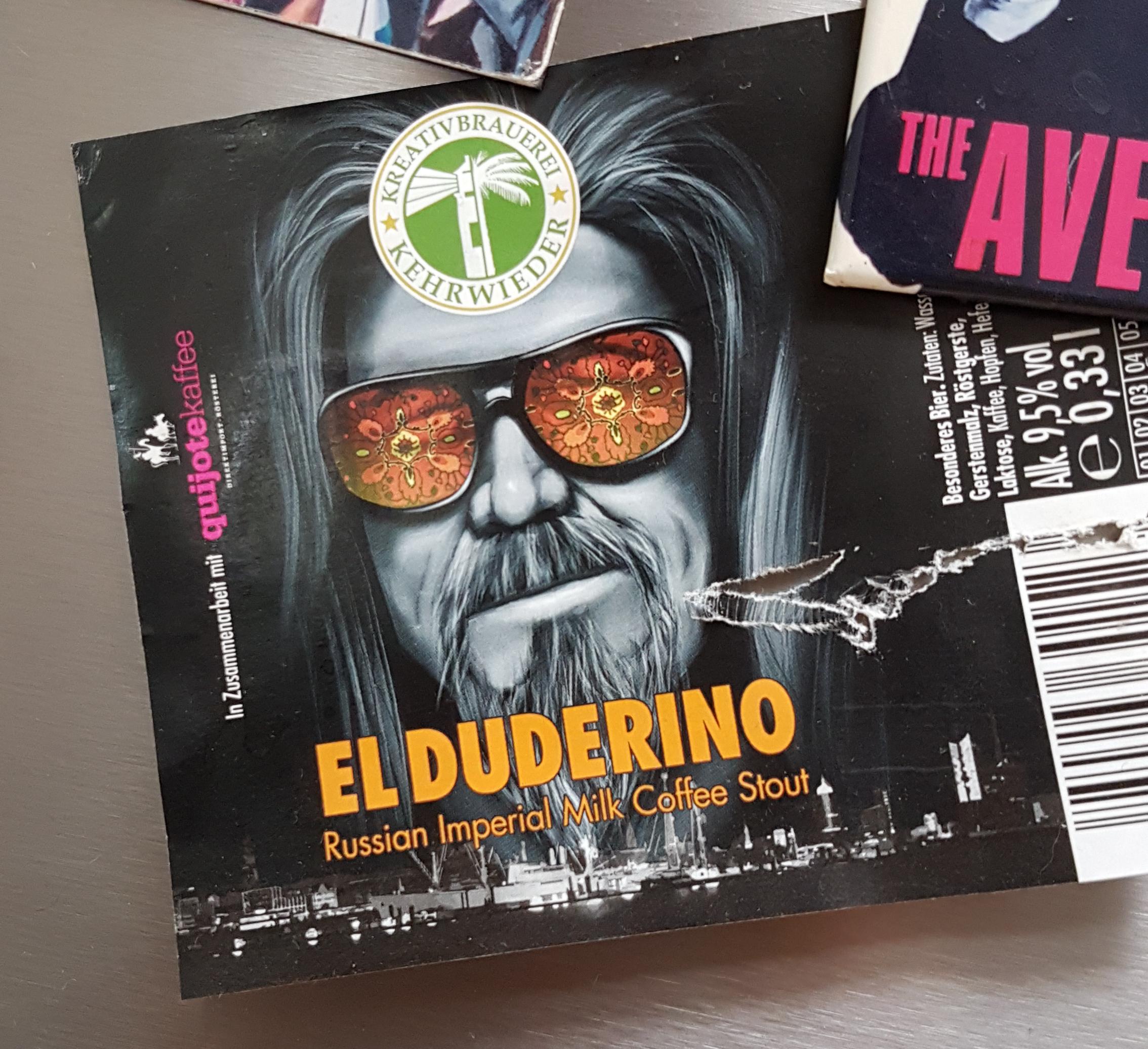 """Das erste """"El Duderino"""". Das Etikett fand ich so geil, dass es seither an meinem Kühlschrank hängt."""